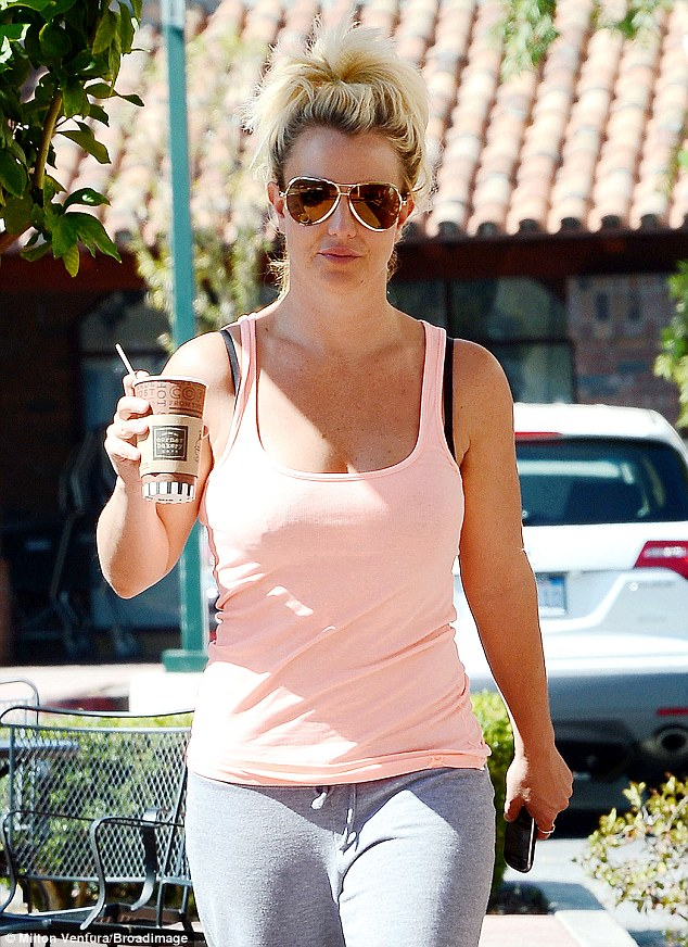 Britney Spears Dresses Down In Tracksuit Bottoms For Low