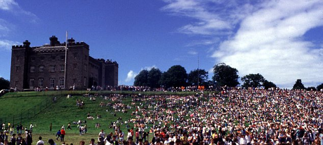 Venue: The photograph was taken in the grounds of Slane Castle, in County Meath in Ireland