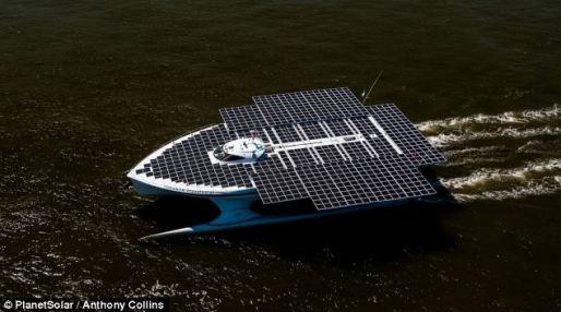 Barco solar más grande del mundo está haciendo en Londres su último puerto de escala en un viaje épico de los descubrimientos científicos a lo largo de la corriente del Golfo
