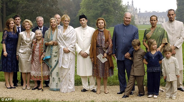 Aga Khans Son Divorces American Wife And She Buys 22m