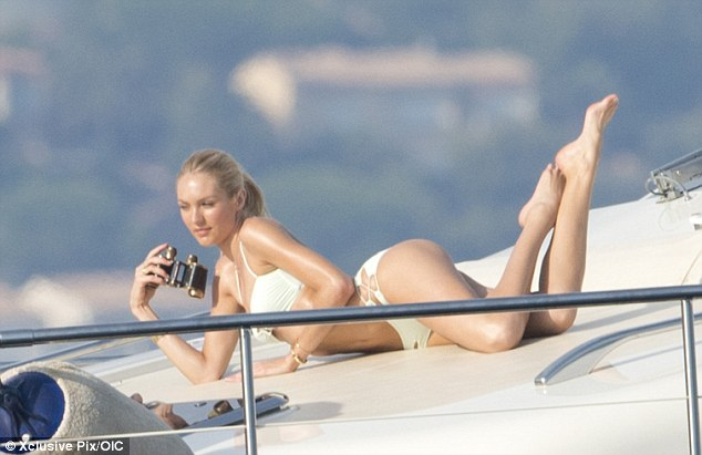 Candice Swanepoel Runs Into Her Mothers Arms After Flying