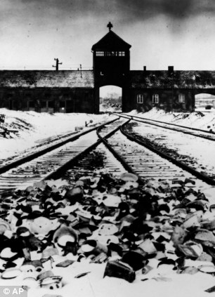 Auschwitz 1945