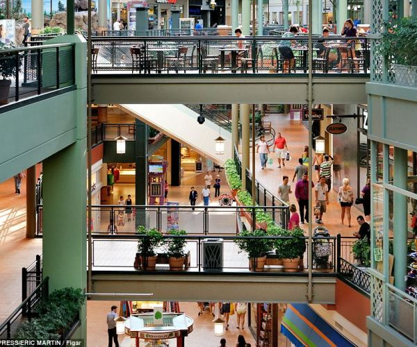 Sprawling: The mall's 4.3 miles of total storefront footage allow for more than enough room for its whopping 520 stores, which include high end retail spots like Chanel as well as youth brands like Abercrombie & Fitch