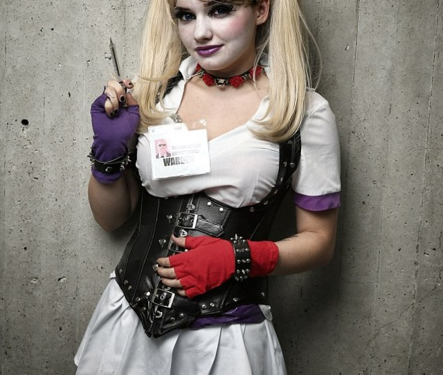 Naughty Nurse No Doubt This Vampy Medical Practitioner Set Many Geeky Hearts Alight