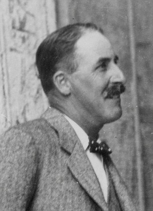 Howard Carter, who discovered the Pharaoh's tomb in 1922