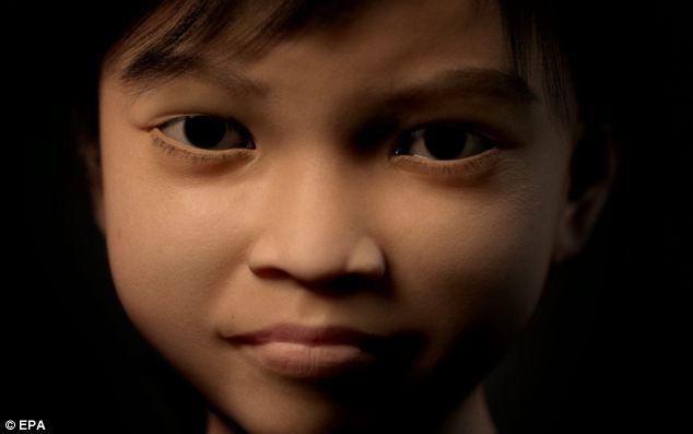 Programa: El carácter de Sweetie fue creado como webcam sexo con menores de edad por lo general implica los hombres de los países occidentales que pagan los niños de los países empobrecidos, como las Filipinas, para espectáculos sexuales