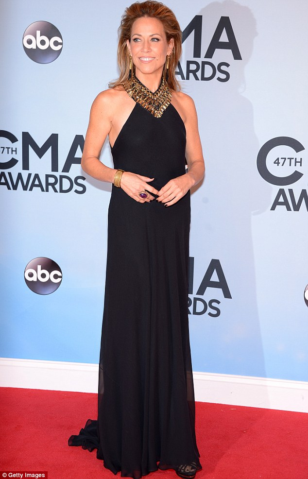 All she wants to do, is have some fun: Sheryl Crow, 51, wowed in her black ensemble