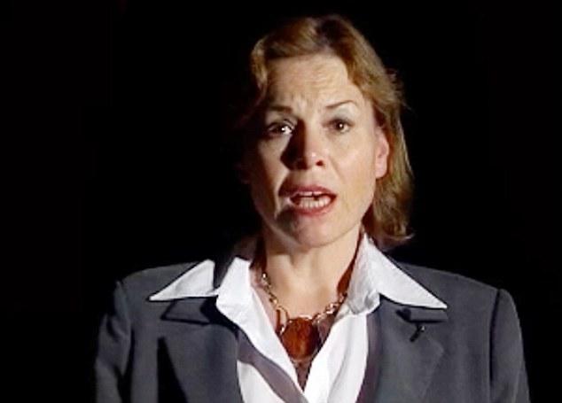 UKIP estrella: Victoria Ayling se enfrenta a una tormenta de racismo después de haber sido capturados por la cámara diciendo a todos los inmigrantes en Gran Bretaña deben ser enviados de vuelta a casa