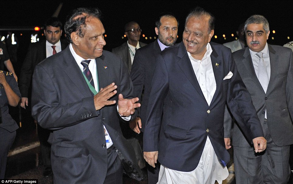Pakistani President Mamnoon Hussain (centre) is also on the guestlist for the prestigious memorial