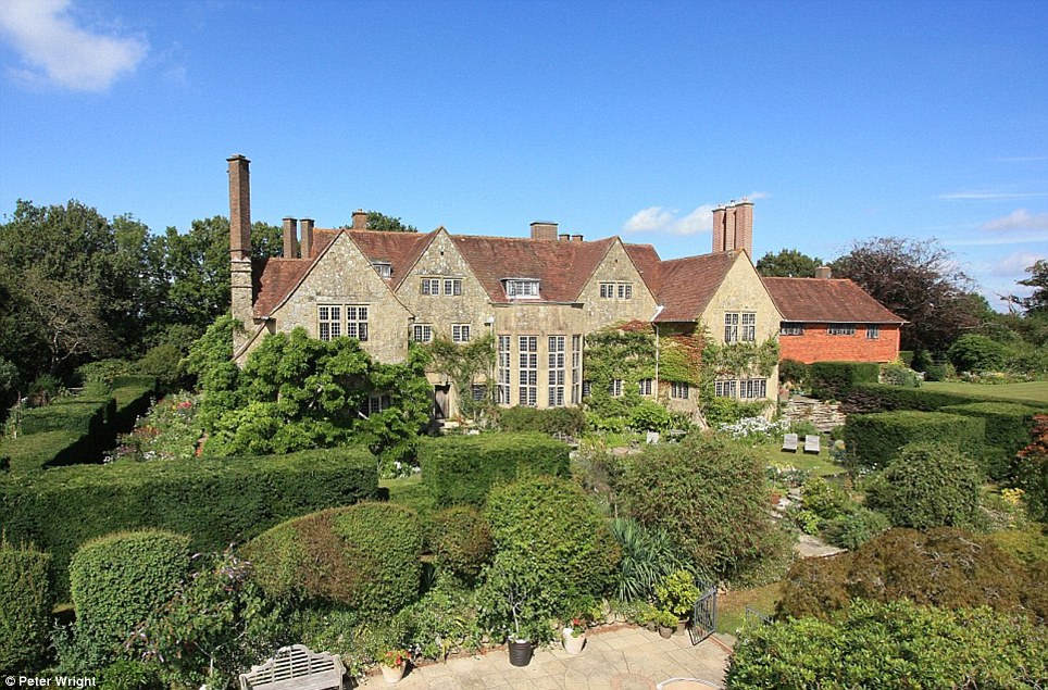 Stunning Mansion Built By Architect Sir Edwin Lutyens