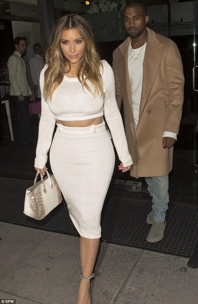 Kim Kardashian Posts Picture With Jeweller Lorraine