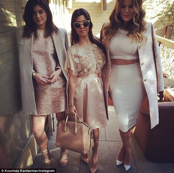 'Baby shower look!' Khloe Kardashian unveils her sultry ...