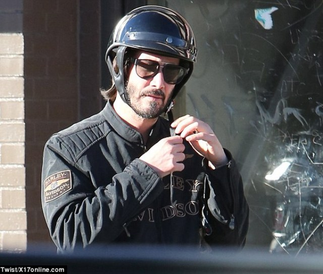 Motorcyle Man Carrie Annes Matrix Co Star Keanu Reeve Was Spotted Shopping On