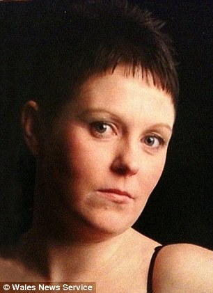 Tragedy: Joanna Hall, 35, lay dying for five hours after she was stabbed by Steven Williams