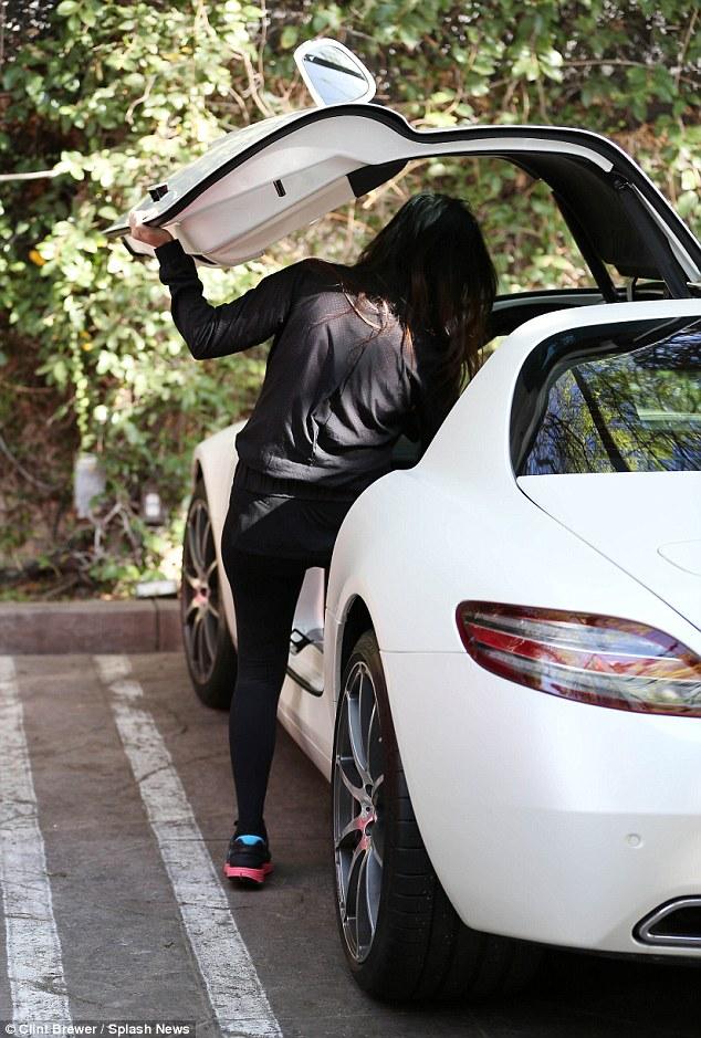Kourtney Kardashian Shows Off Her New 250k Mercedes