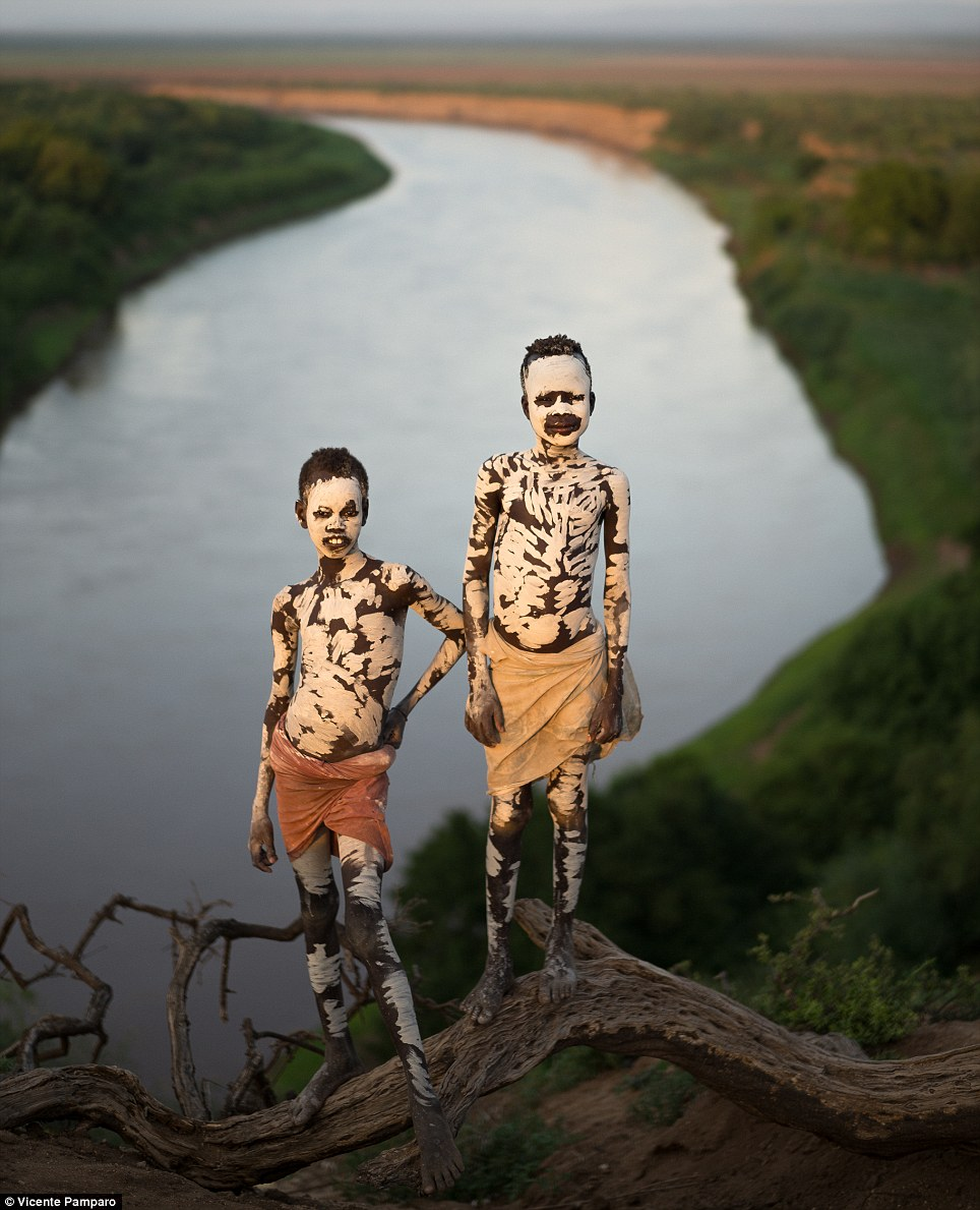 Insight: Photographer Vicente Pamparo visited the tribe to capture their way of life on the river bank