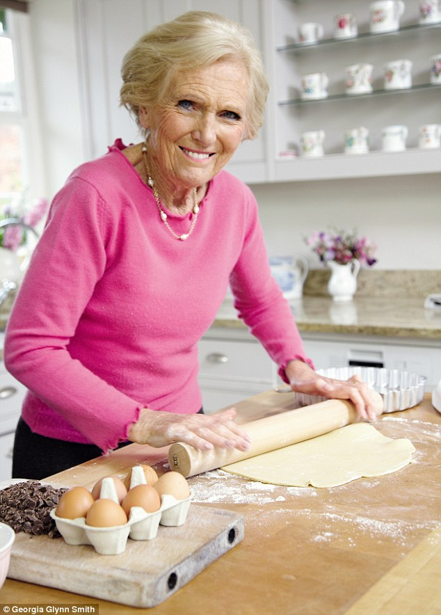 Recipes from Mary Berry Cooks
