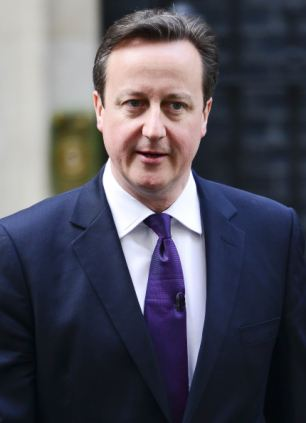 """Proves the theory? Prime Minister David Cameron is 6'1"""""""