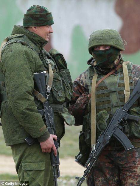 Russian troops fire warning shots at unarmed Ukrainian ...