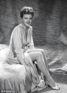 Angela Lansbury  How drugs and divorce have shaped my life   Daily     Angela in the early years of her career in 1947