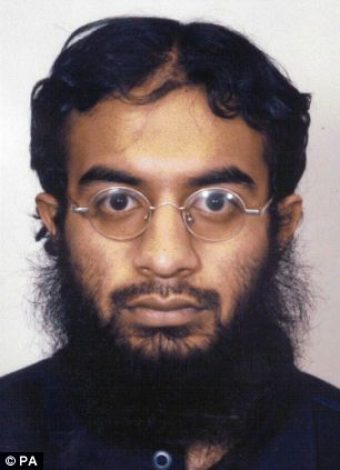 Saajid Badat, who was sentenced in 2005 to 13 years in jail as a co-conspirator in a notorious December 2001 plot to bomb US airliners, has testified about the Malaysian plan before