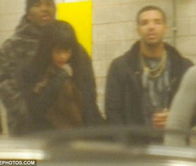 You Da One Rhianna And Drake Held Hands In Manchester