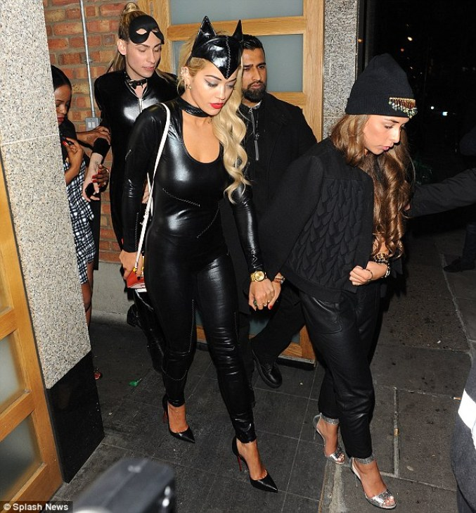 Nicole Scherzinger Halloween Costume.All Black Halloween Costume Ideas Art Becomes You