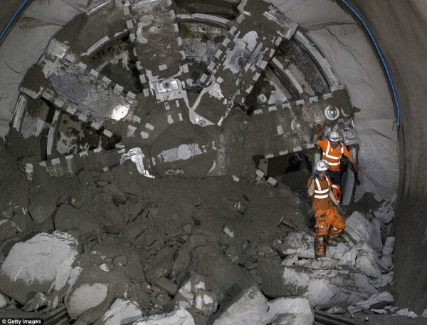 Londons 16315billion Crossrail project reaches landmark