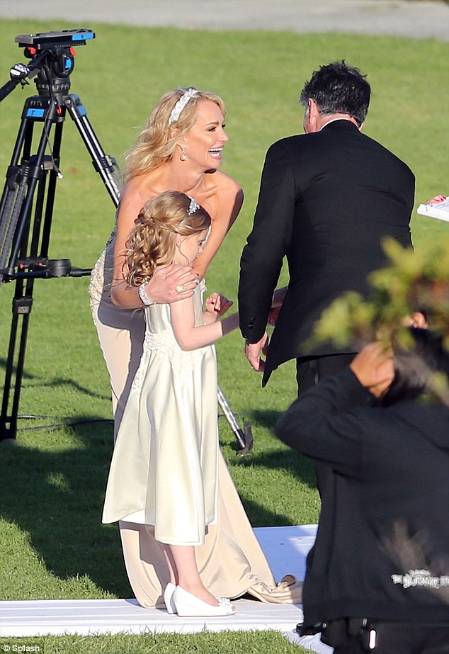 Taylor Armstrong Is Radiant In Strapless Ivory Gown As She