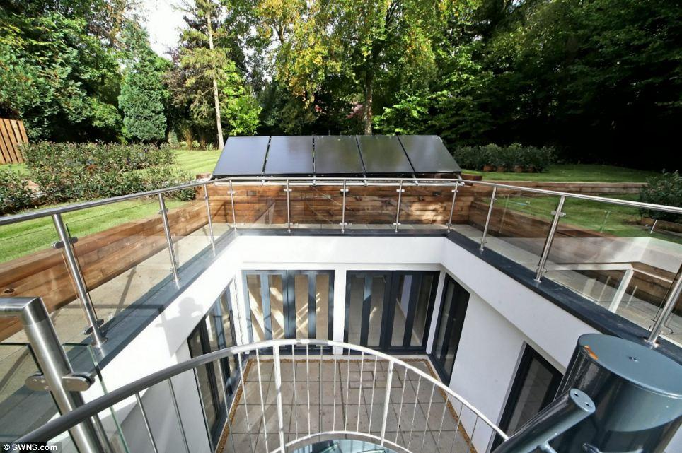 Loughwater Herts 25million 4 Bedroom Eco Home Built