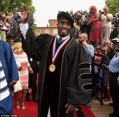 Great honour! P. Diddy was awarded an honorary doctorate in humanities from Howard University in Washington D.C. on Saturday