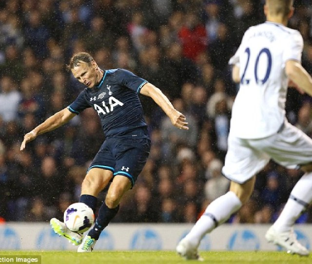 Class Act Spurs Legend Teddy Sheringham Stylishly Slots Home A Second Goal For The Ledley