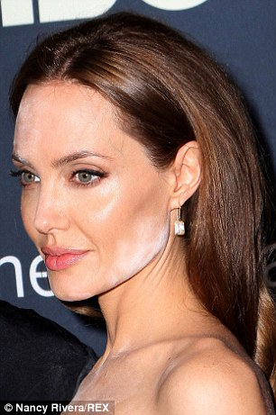 Not Their Best Look Both Nicole Kidman And Angelina Jolie Suffered Make Up Blunder