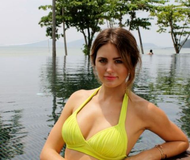 Tough Gig Jesinta Traveled To Thailand To Shoot A Series Of Six Getaway Episodes