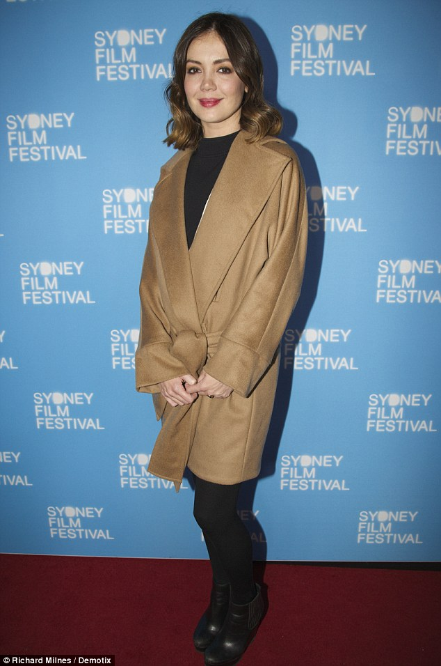 Emma Lung Wraps Up In A Bathrobe Inspired Coat At Sydney
