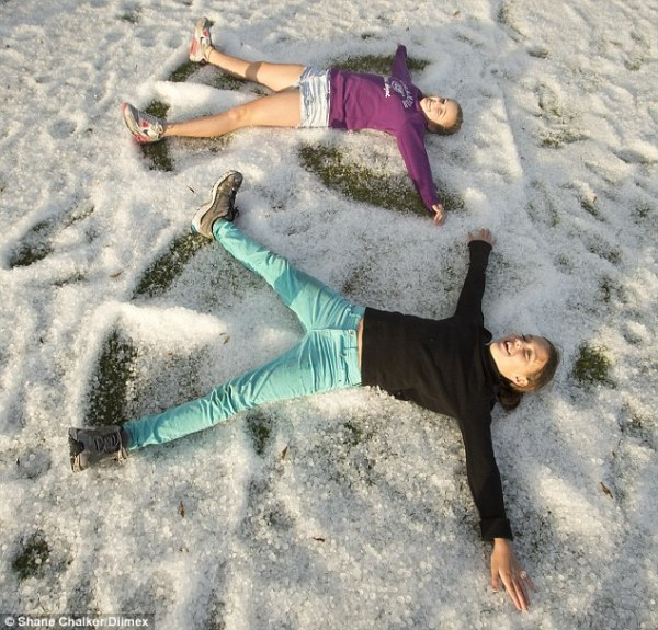 Freak hail storm covers New South Wales coastal town in ...