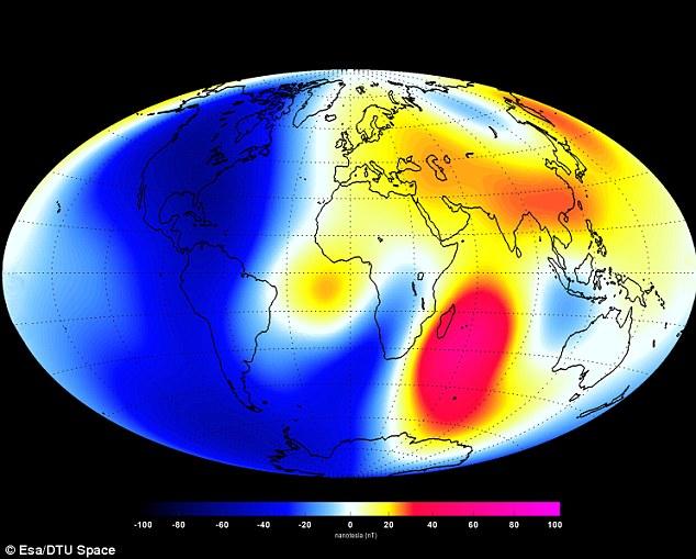 Enjambre de la constelación de satélites de la ESA han medido los cambios en el campo magnético de la Tierra, de enero a junio de 2014. Estos cambios se basan en las señales magnéticas que emanan del núcleo de la Tierra. Las sombras de rojo representan áreas de fortalecimiento, mientras que los azules muestran áreas de debilidad, medida en nanoteslas