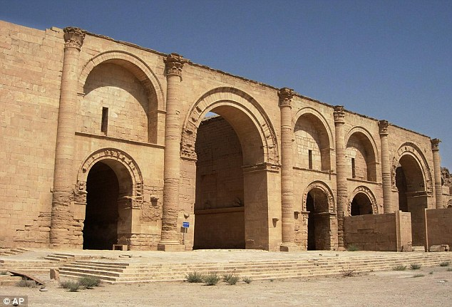 History: Hatra's life as an ancient city began in the 3rd century BC as an Assyrian settlement, before growing to become a fortress and trading centre. It withstood invasions by the Romans in 116 and 198 AD