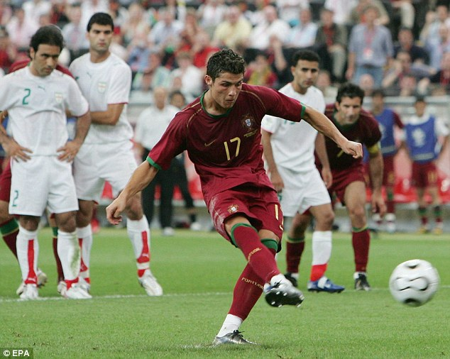 Kết quả hình ảnh cho portugal world cup 2006