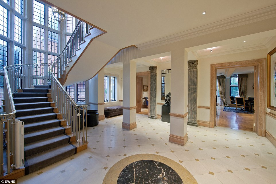 Londons Cut Price Mansions How A Series Of Super Prime