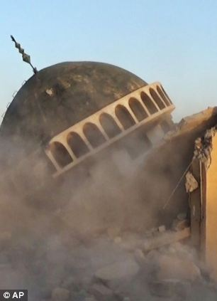 Tomb of Jonah destroyed