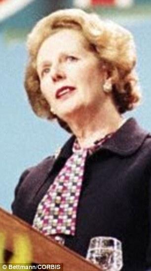 El ex activista Anthony Gilberthorpe afirma que se le pidió que encontrar chicos menores de edad para tener relaciones sexuales durante las conferencias del partido Tory cuando Margaret Thatcher fue líder en la década de 1980