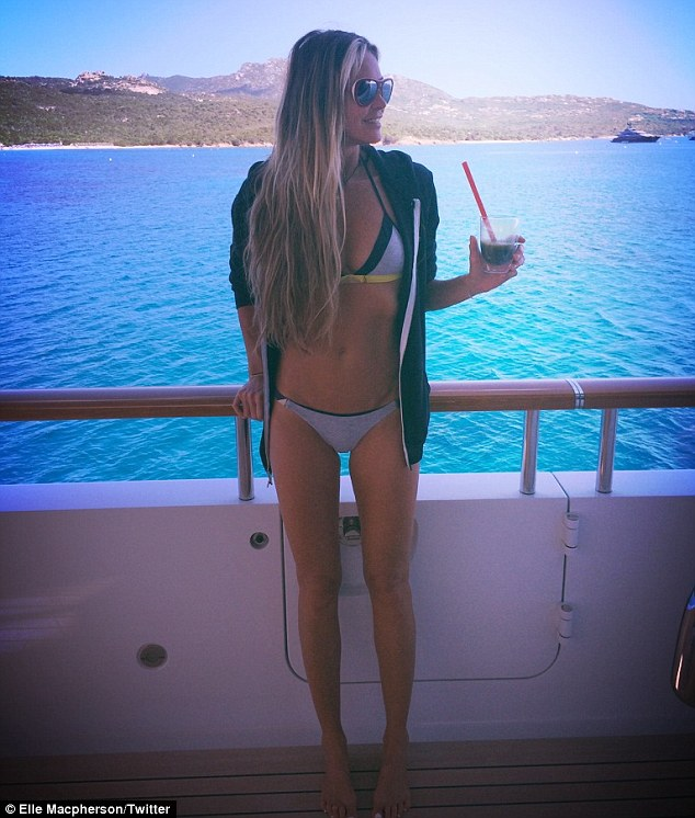 Elle Macpherson Shows Off Bikini Body As She Sips Super