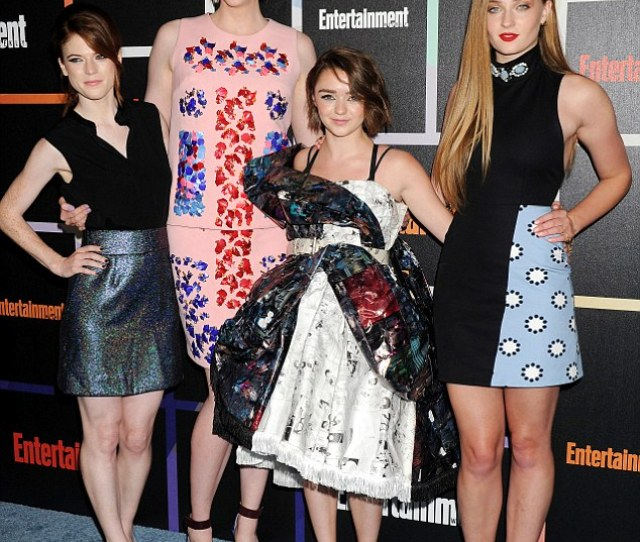 Stylish Appearance Maisie Joins Rose Leslie Sophie Turner And Gwendoline Christie At The Star
