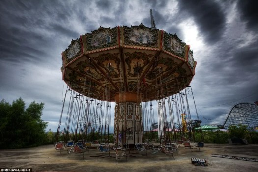 abandoned theme park, Six Flags