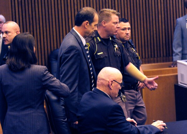 Jury rejects self-defense in porch shooting death | Daily ...