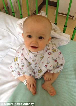 Os irmãos foram admitidos Great Ormond Street Hospital, onde os médicos realizaram o transplante