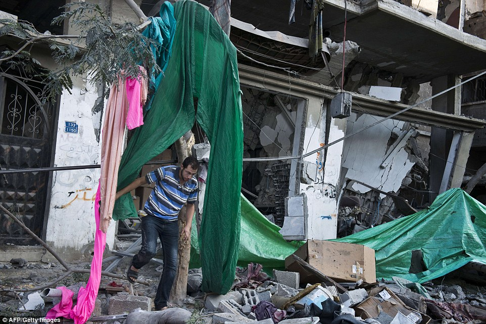 Danger: Israeli Prime Minister Benjamin Netanyahu today warned Gaza residents to leave any site where Palestinian militants were operating, saying the locations could be attacked