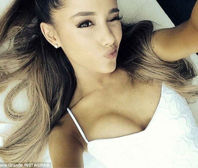 Theres Always Time For A Selfie Ariana Grande Shared A Racy Snap On Instagram On