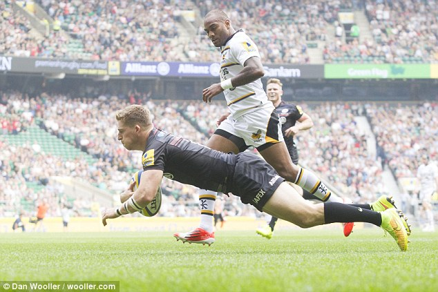 Opener: Strettle dives over for his and Saracens' first try